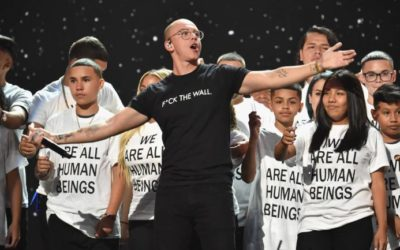 2018-mtv-vma-logic-performance-770x433