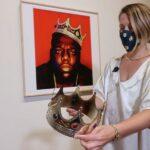 Biggie's welbekende kroon verkocht voor bijna half miljoen